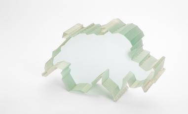Wasserstrahlschneiden von Glas.