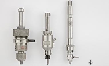 Micro découpe au jet d'eau avec des tuyères dévolopées dans les laboratoires de Waterjet.